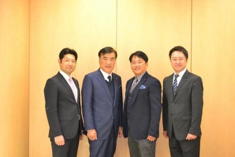 左からアジア経営者連合会 馬渕事務局長、同会澤田会長、東京和僑会 三浦会長、同会佐野理事